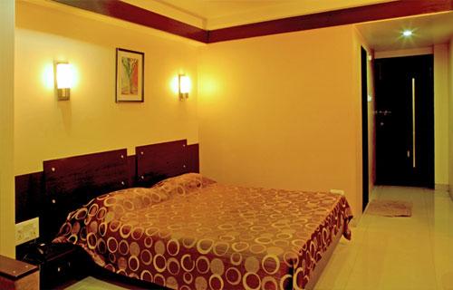 accommodation_sangli_hotel_iconinn_executive_room-img